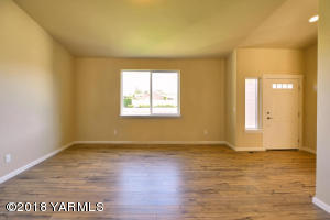 Front Living Area with Vaulted Ceiling