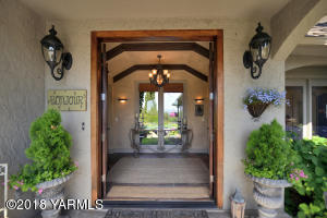 3 Beautiful French Country Entry