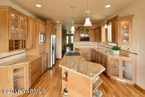 8 Gorgeous Custom Kitchen
