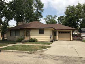 212 W 7th Avenue, Webster, SD 57274