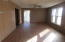 208 4th Ave, Ipswich, SD 57451