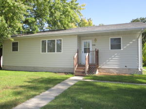 4001 8th Avenue, Bowdle, SD 57428