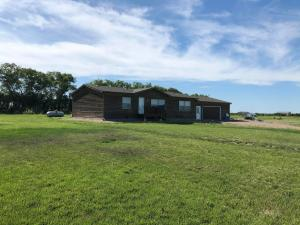 13007 382nd Avenue, Aberdeen, SD 57401