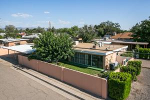 644 Grove Street NE, Albuquerque, NM 87108