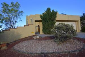 10301 Camino Del Oso NE, Albuquerque, NM 87111