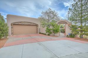 2205 Via Granada Place NW, Albuquerque, NM 87104