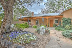 9334 Guadalupe Trail NW, Albuquerque, NM 87114