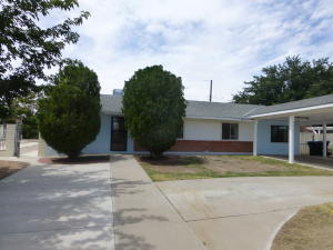 1007 Tomas Court SW, Albuquerque, NM 87121