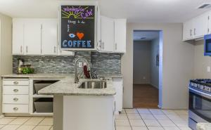 2914 Morningside Drive NE, Albuquerque, NM 87110