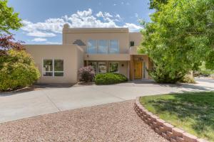 5909 Royal Oak NE, Albuquerque, NM 87111