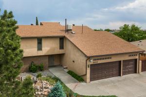 9932 Academy Knolls Drive NE, Albuquerque, NM 87111