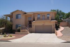 2870 Pine Forest Drive SE, Rio Rancho, NM 87124
