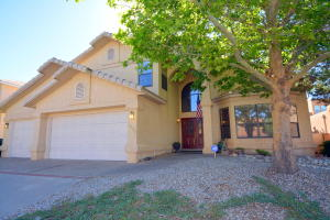 5528 Via Conejo NE, Albuquerque, NM 87111