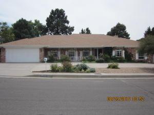 7600 Vista Del Arroyo NE