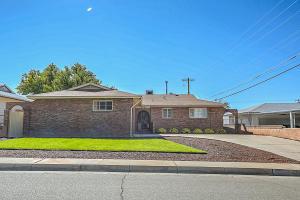 4006 Hilton Avenue NE, Albuquerque, NM 87110