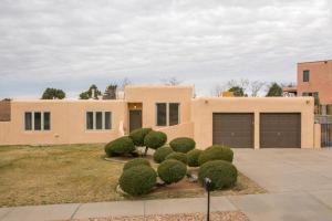 3805 Big Sky Drive NE, Albuquerque, NM 87111
