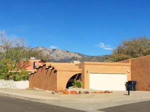 13018 Alice Avenue NE, Albuquerque, NM 87112