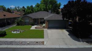 4604 Firewheel Road NW, Albuquerque, NM 87120