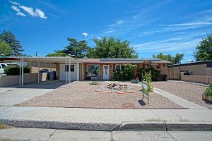 9116 Los Arboles Avenue, Albuquerque, NM 87112