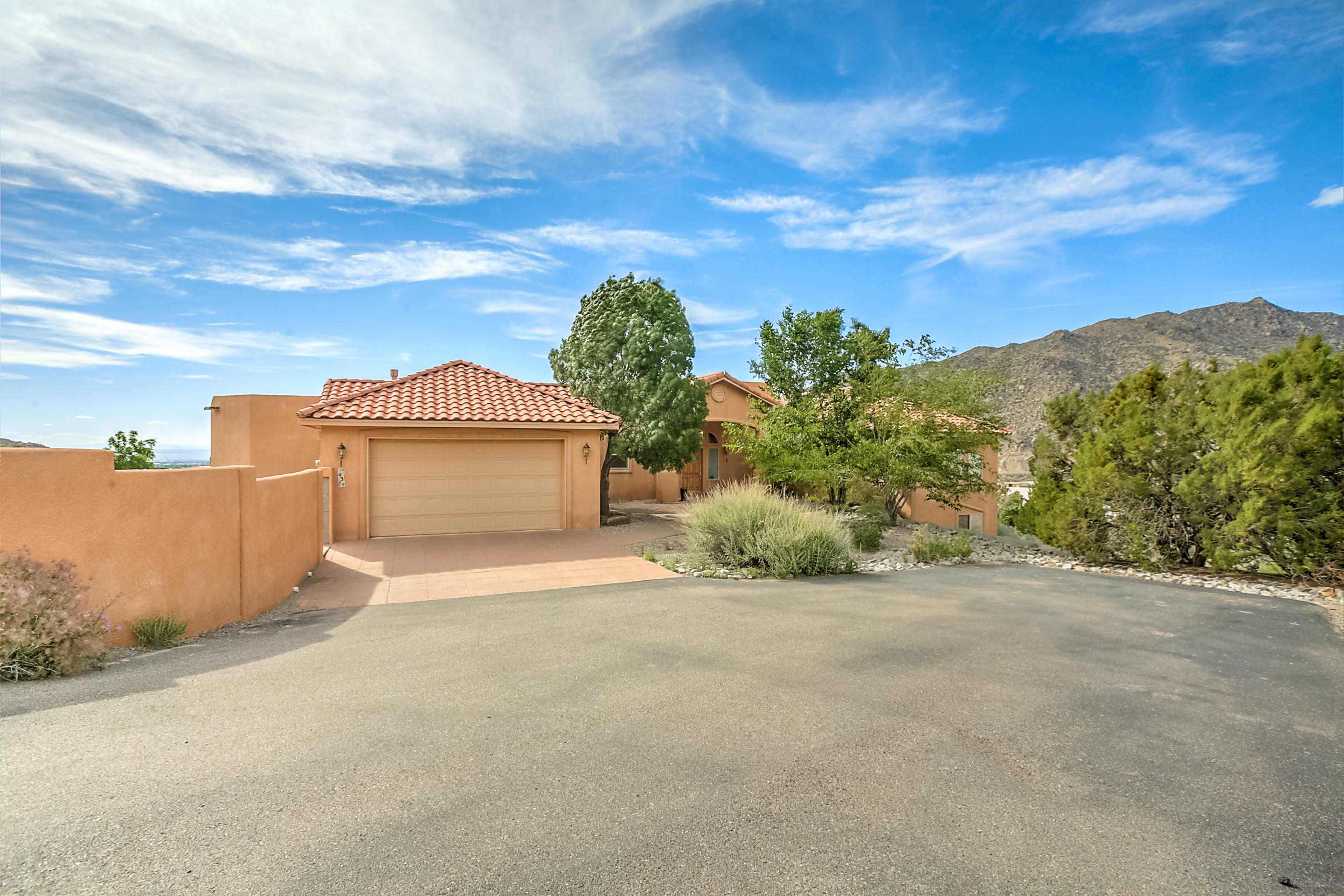 43 Desert Sky Road SE Albuquerque Home Listings - RE/MAX Elite Albuquerque Real Estate