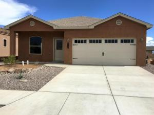 307 Sunrise Bluffs, Belen, NM 87002