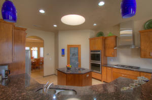 6420 Honduras Road NE, Rio Rancho, NM 87144