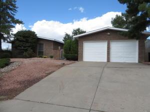 12011 Palo Duro Drive NE, Albuquerque, NM 87111