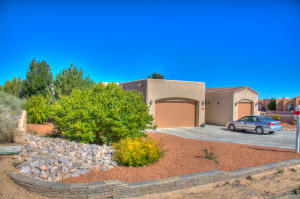 6525 Nagoya Road NE, Rio Rancho, NM 87144