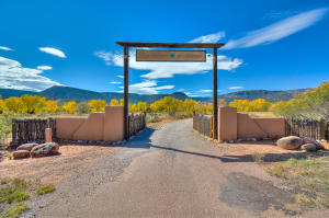 Property for sale at 21341 Us Highway 84, Abiquiu,  NM 87510