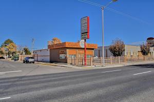 6401 Lomas Boulevard NE, Albuquerque, NM 87110