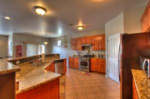 320 Manuel Sanchez Place SW, Albuquerque, NM 87105