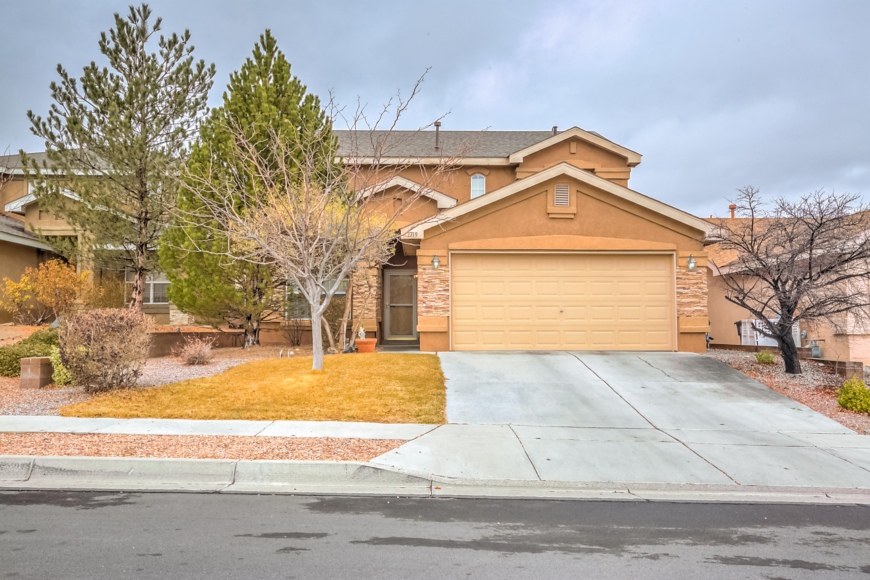7719 Red Finch Court NW Albuquerque Home Listings - RE/MAX Elite Albuquerque Real Estate