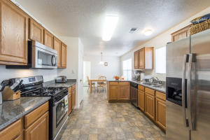 6541 Mountain Hawk Loop NE, Rio Rancho, NM 87144