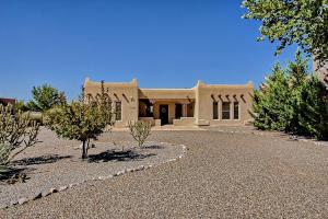 1735 Shoshone Trail, Rio Rancho, NM 87144