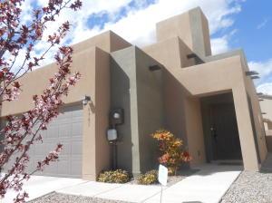8905 Arkansas Road NW, Albuquerque, NM 87120