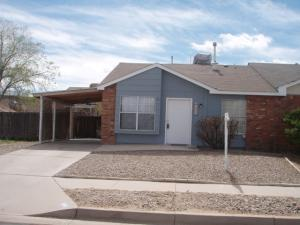 6604 Azuelo Avenue NW, Albuquerque, NM 87120