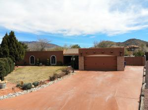 1838 Conestoga Drive SE, Albuquerque, NM 87123