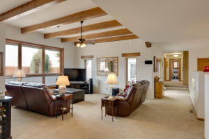 46 Placitas Trails Family Room 2