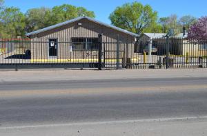 5940 Isleta Boulevard SW, Albuquerque, NM 87105