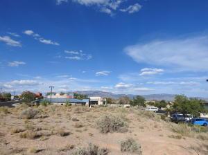 8621 Golf Course Road NW, Albuquerque, NM 87114