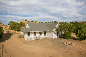 61 Loma Chata Road, Placitas, NM 87043