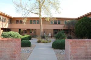 1405 San Carlos Road SW, 6, Albuquerque, NM 87104