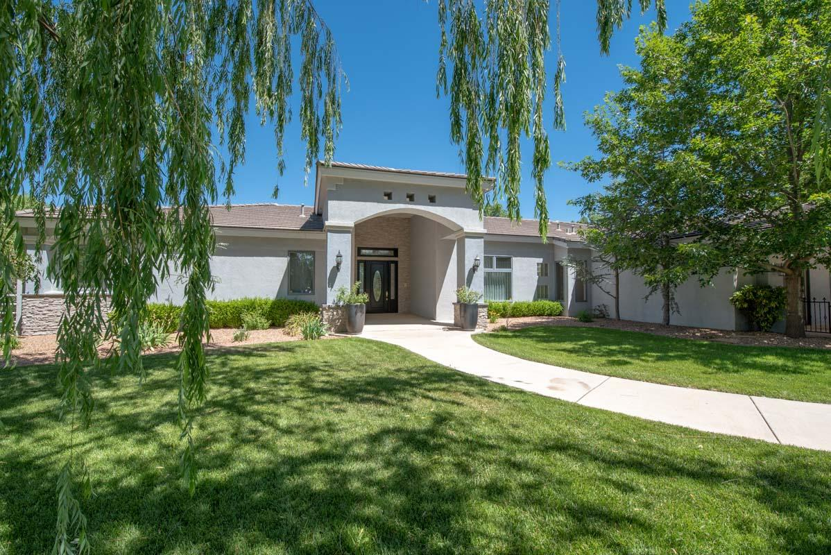 1700 Rusty Road NW Albuquerque Home Listings - Sandi Pressley Real Estate