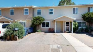 617 Grecian Lane NW, Albuquerque, NM 87107