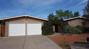 1224 Sasebo Street NE, Albuquerque, NM 87112