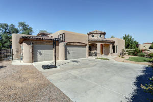 1530 Rancho Guadalupe Trail NW, Albuquerque, NM 87107