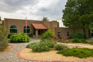 616 Running Water Circle SE, Albuquerque, NM 87123