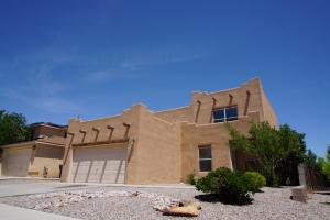 5223 Ridge Rock Avenue NW, Albuquerque, NM 87114