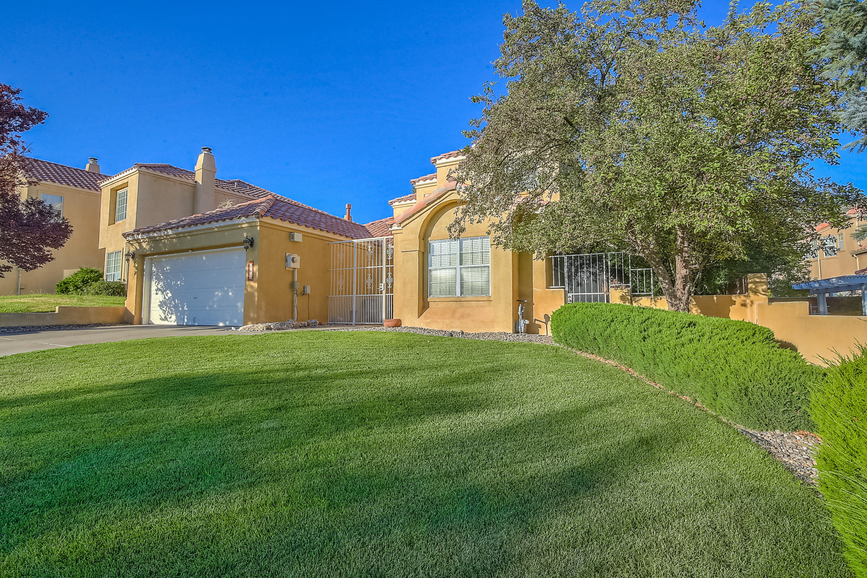 1204 Narcisco Street NE Albuquerque Home Listings - RE/MAX Elite Albuquerque Real Estate