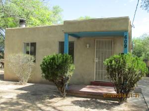 609 Freeman Avenue NW, Albuquerque, NM 87107